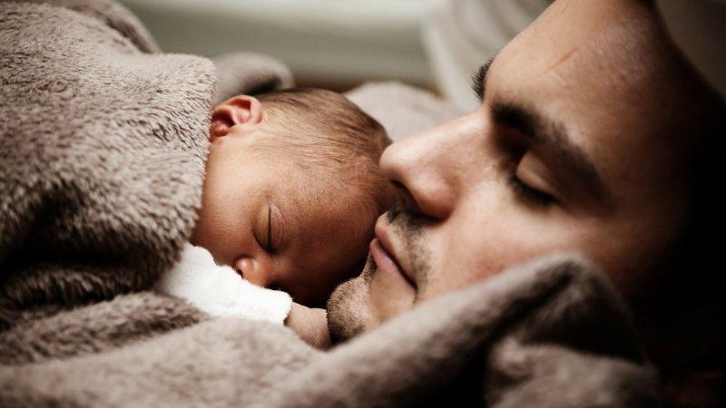 Bébé reborn : bien plus qu'une poupée